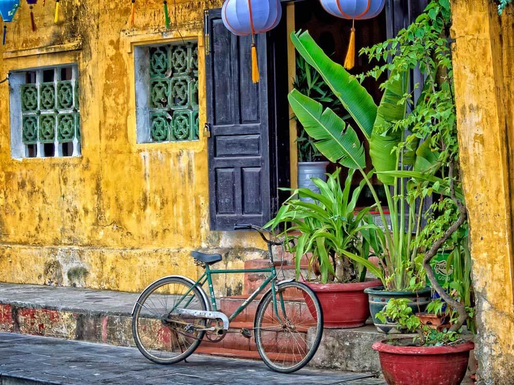 Vietnam Steve Douglas on Unsplash (used under Creative Commons).