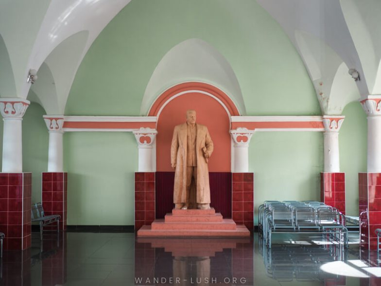A statue of Stalin at the Gori Railway Station.