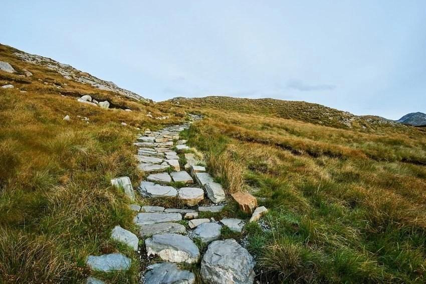 Connemara Hiking Trail In Galway