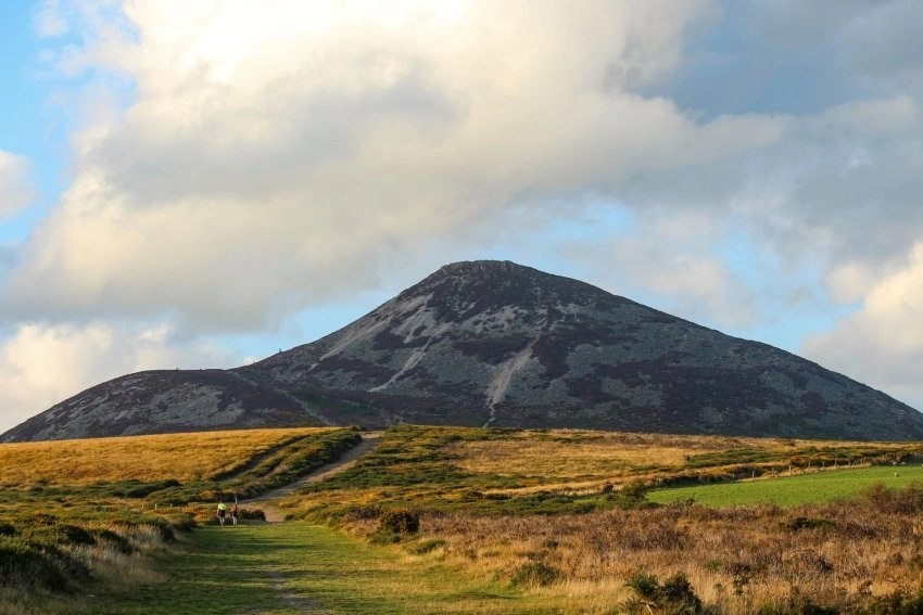 Mountain Hill Walk hikes near Dublin