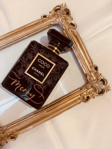 Chanel Engraved perfume by Rosie Live Los Angeles Calligrapher