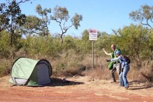 Am nächsten Morgen. Auch sympathisch direkt vor dem 'no camping' Schild zu zelten