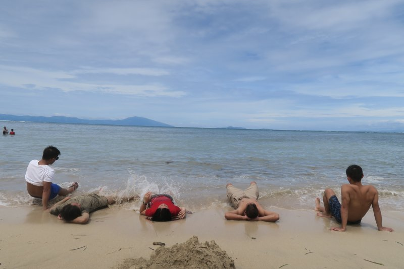 manuel uy beach