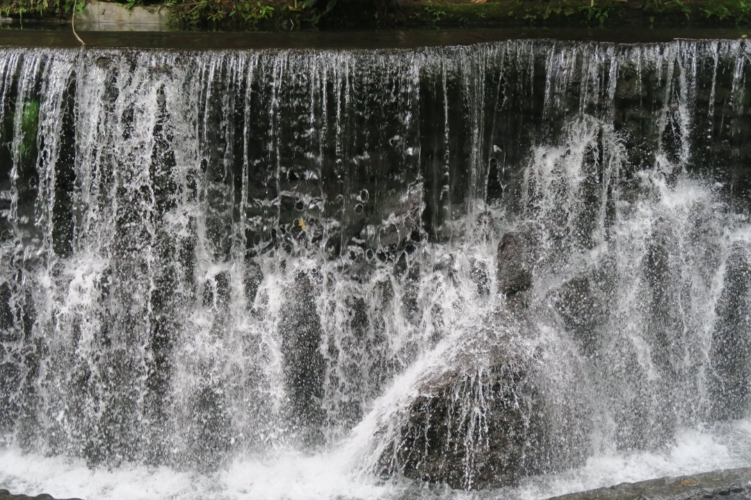 Mini-Falls in Bato Springs Resort