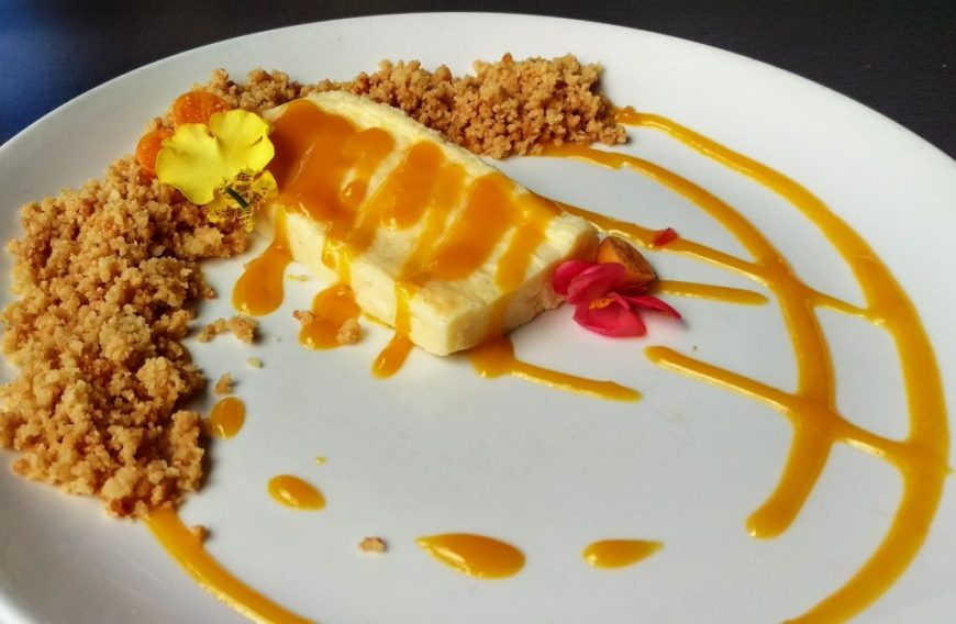 Best Dessert in Hawaii - Mango Cheesecake, Hilo
