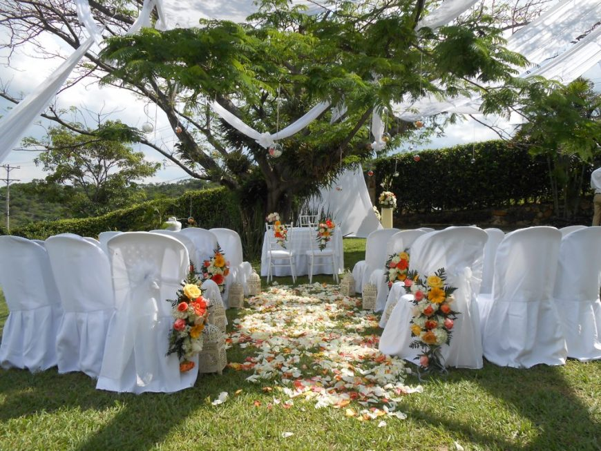 Sunny Journeys: Wedding in Colombia