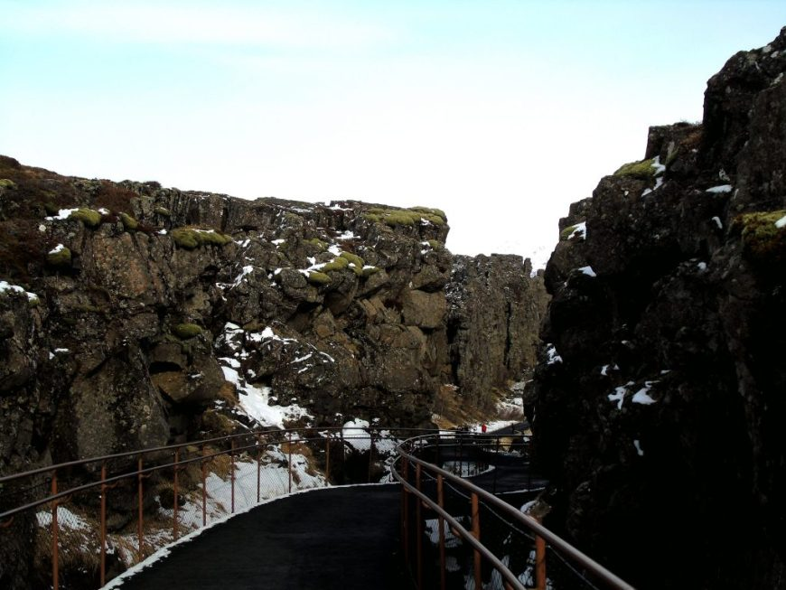 Thingvellir National Park: Iceland Tectonic Plates
