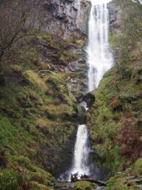 Pistyll-Rhaedr-Water-Falls