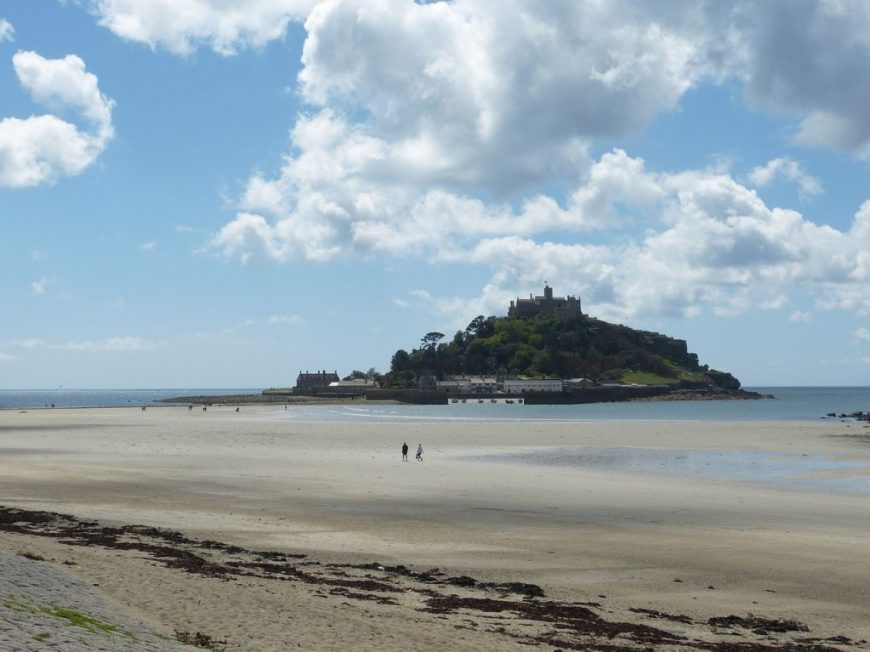 National Trust Dog Friendly Places: Dogs aren't allowed in the castle or in the garden at St Michael's Mount in Cornwall, but can visit the harbour and village area.
