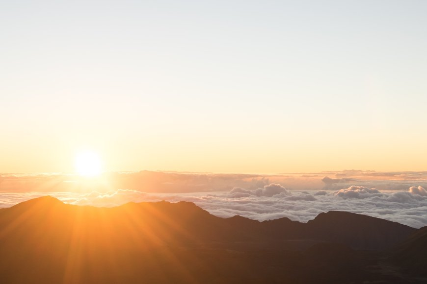 Sunrise & Breakfast Tour to Haleakala National Park, Hawaii