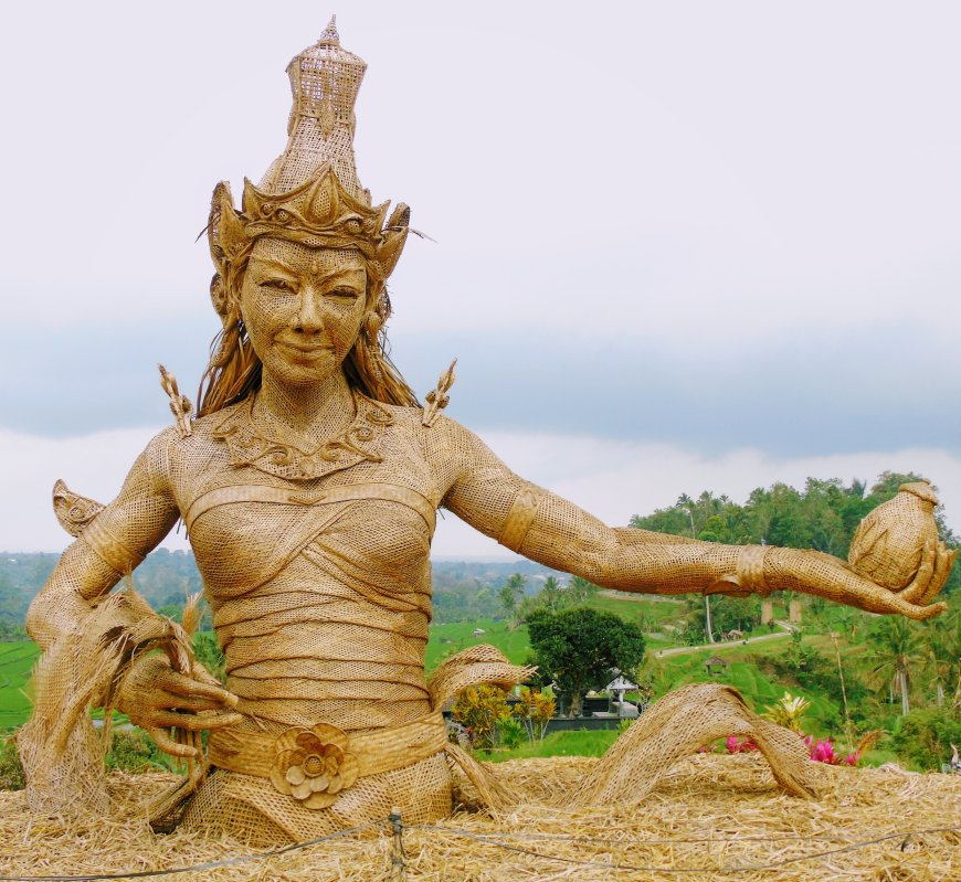 Goddess of Rice statue at Jatiluwah Rice Terrace in Bali