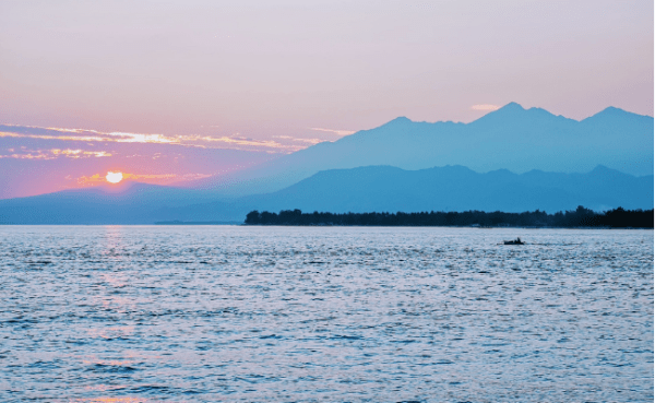 Romantic Travel Guide: The Perfect Gili Meno Honeymoon Awaits!