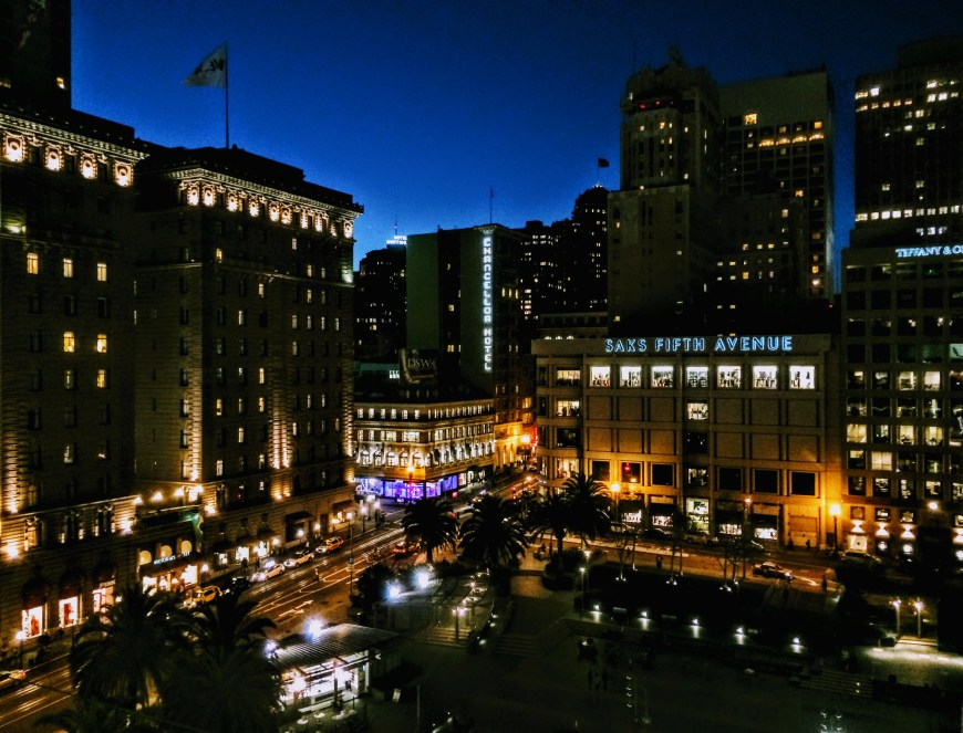 Union Square in San Francisco at night