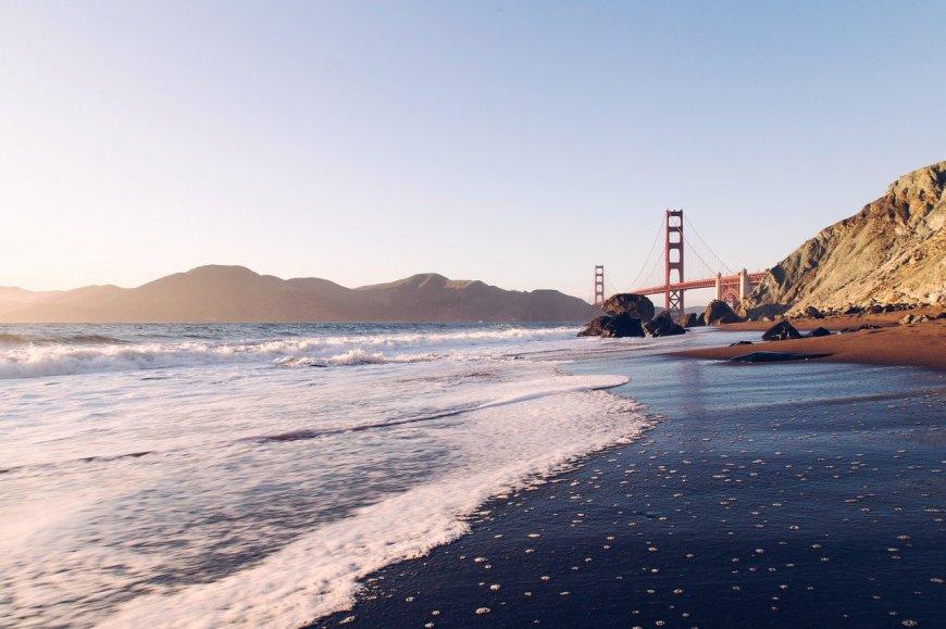 Views of Golden Gate Bridge from Baker Beach