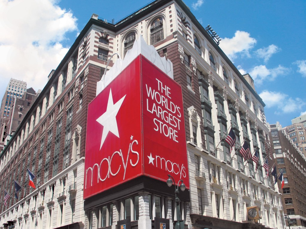 Dash & Lily Filming Locations: Macy's New York