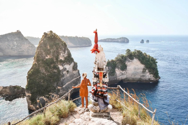 Wanderers & Warriors - Charlie & Lauren UK Travel Couple - Thousand Island Viewpoint Nusa Penida Bali - Thousand Island Nusa Penida - Raja Lima - Pulau Seribu - Rumah Pohon Molenteng