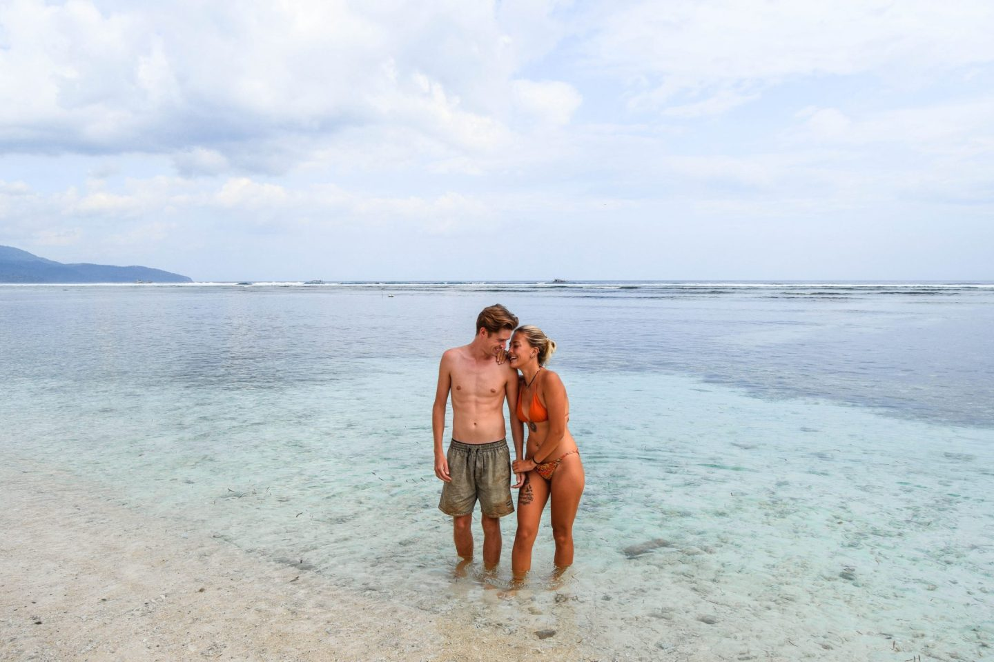 Wanderers & Warriors - Charlie & Lauren UK Travel Couple - Things To Do On Gili Trawangan - things to do gili islands the exile gili t beach