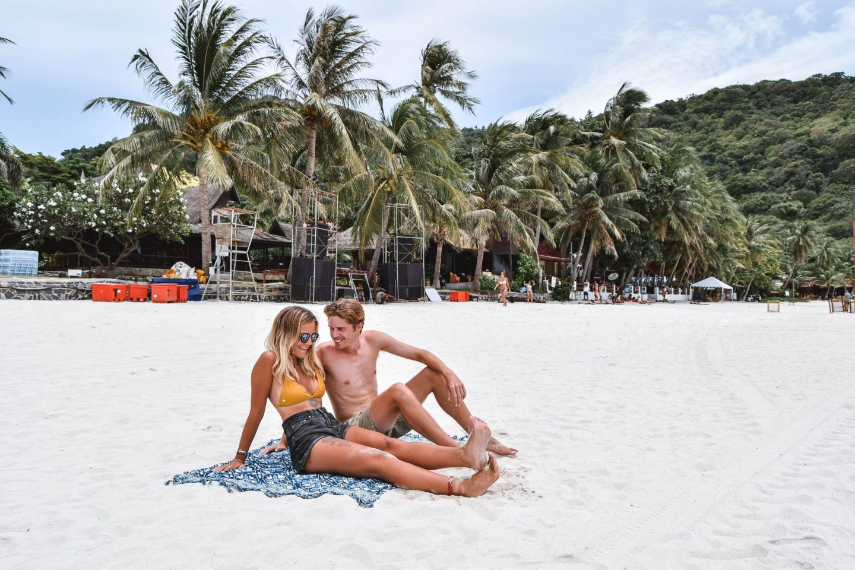 Wanderers & Warriors - Charlie & Lauren UK Travel Couple - Haad Rin Koh Phangan - Haad Rin Beach Koh Phangan Best Beaches Koh Phangan Beaches