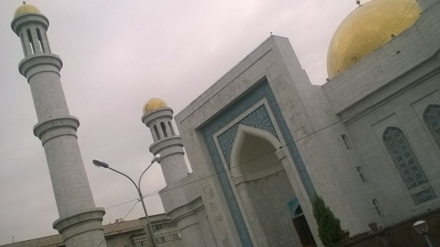 terrible photo of the central mosque