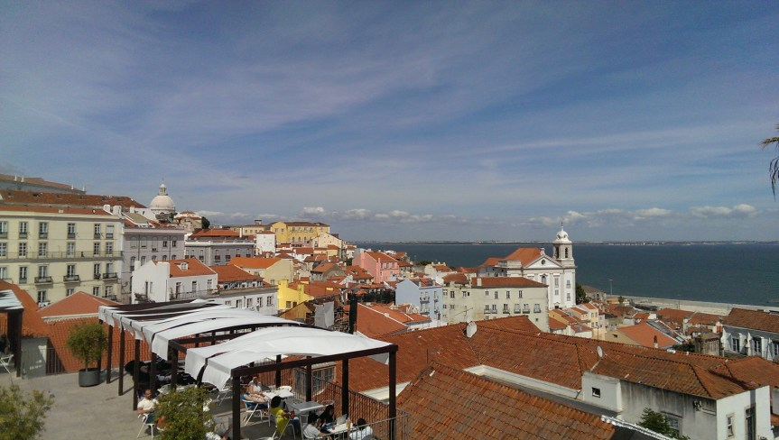 Alfama, free things to do in Lisbon