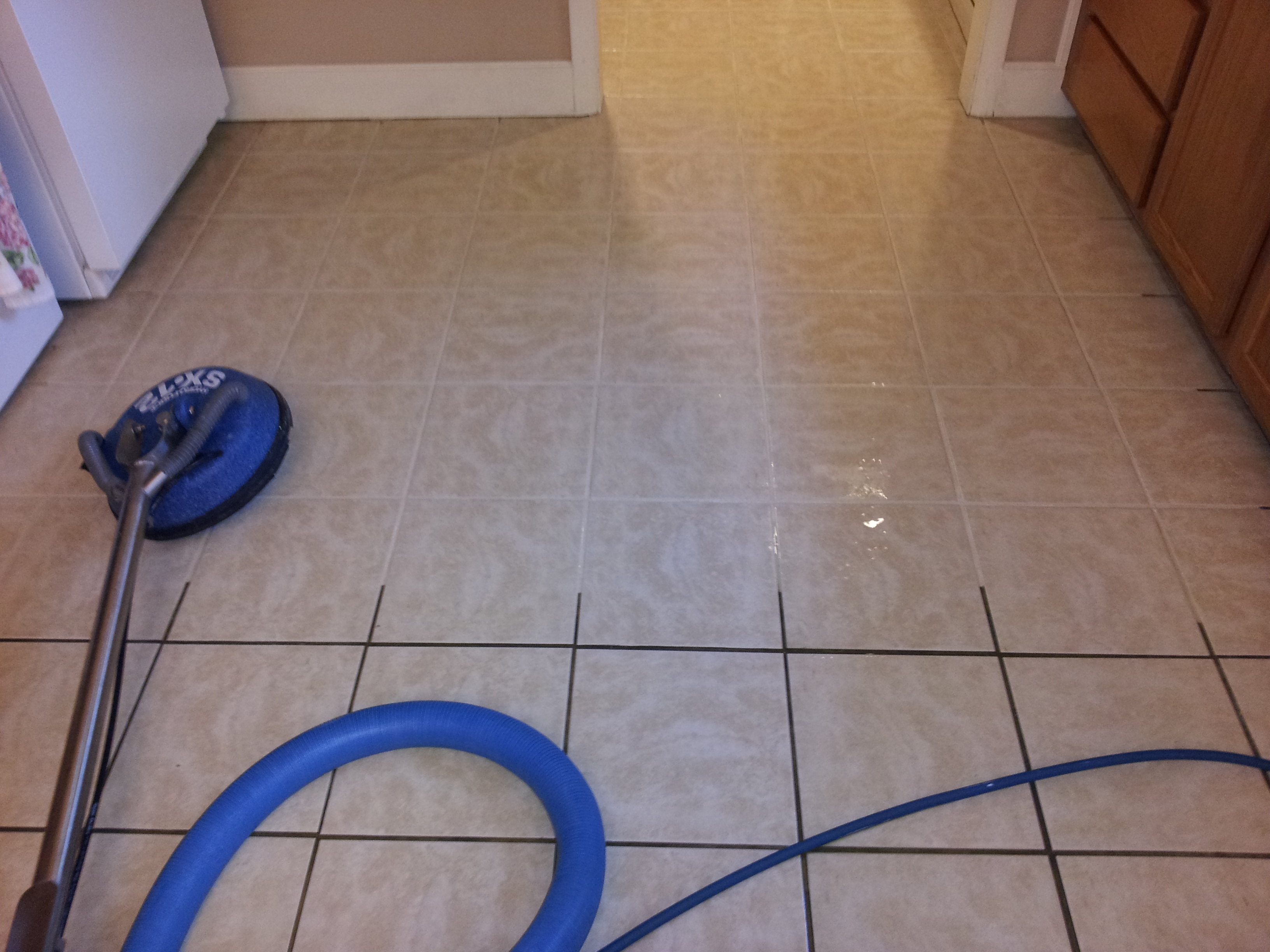 How To Clean Bathroom Tile Grout The Ultimate Tile Grout Cleaning Hacks You Can Use At Home