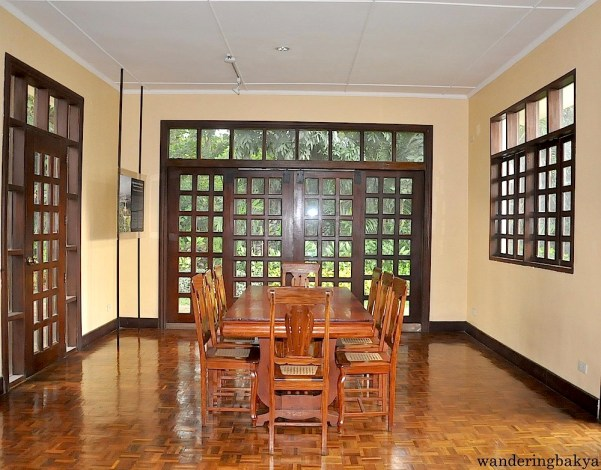 Doña Aurora's conference room is located across the Senate journals. She used this for her Red Cross meetings and other advocacies.
