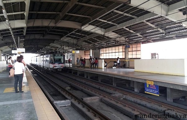 MRT - Cubao Station at 1pm when the number of people has abated.
