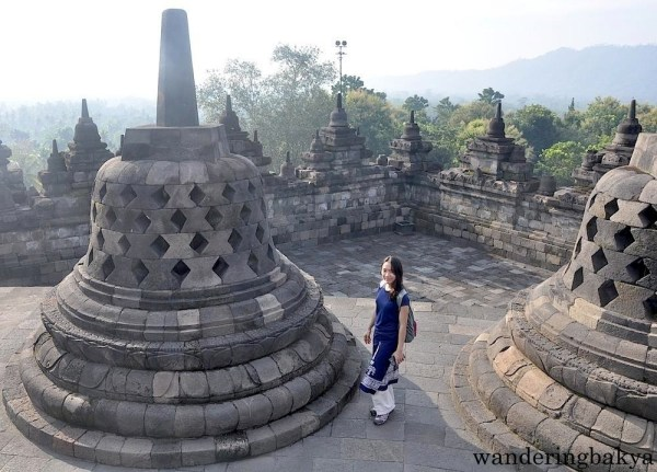 Virg and the stupa