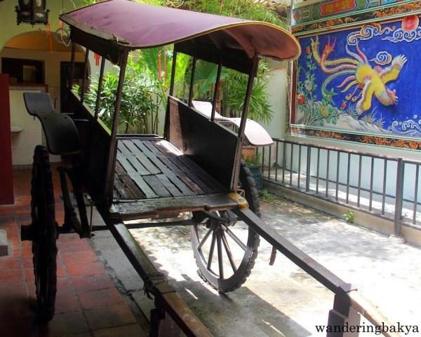 An old rickshaw found in one of the restaurants along Jonker Walk