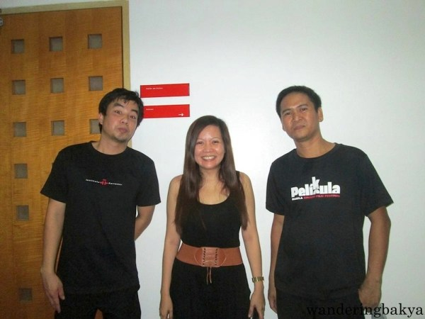 With the boys of ICM. They helped in the show preparation. Photo by SPRDC.