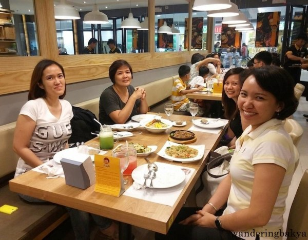 Lunch with Mai, Hope and Che.