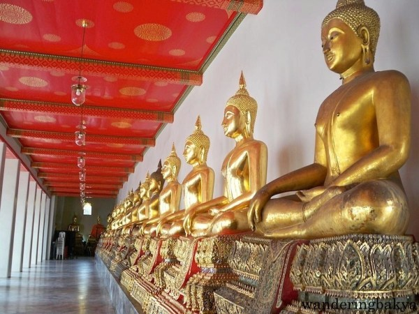More sitting Buddha images found in Phra Rabiang in Wat Po Complex