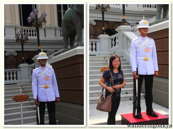 A soldier of The Royal Guards at the entrance of The Chakri Maha Prasat.