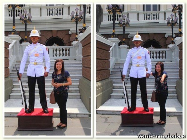 Another soldier of The Royal Guards at the other entrance of The Chakri Maha Prasat.