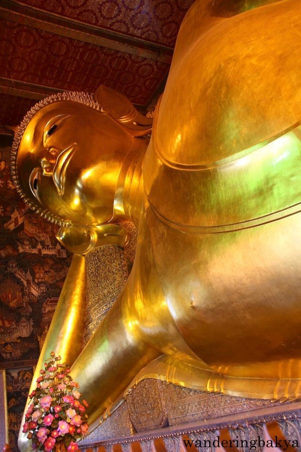 Another view of the head of the Reclining Buddha