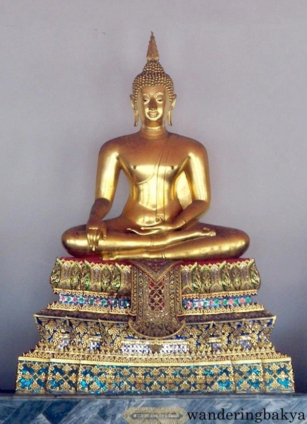 One of many sitting Buddha images found in Phra Rabiang
