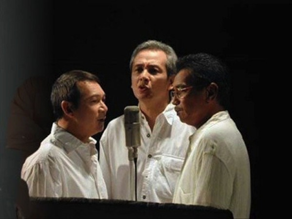 Boboy Garovillo, Jim Paredes and Danny Javier or the APO Hiking Society. Photo from youtube.com