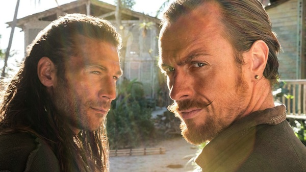 Black Sails' Charles Vane (Zach McGowan) and Captain James Flint (Toby Stephens). Photo from themindreels.com