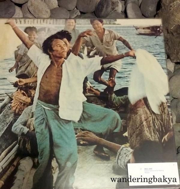 Photo of men performing Mag-Jinn of Badjao (Sulu)