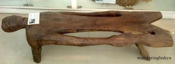 Tukdo-an ay Inip-Ipugaw (Human Form Wooden Bench)