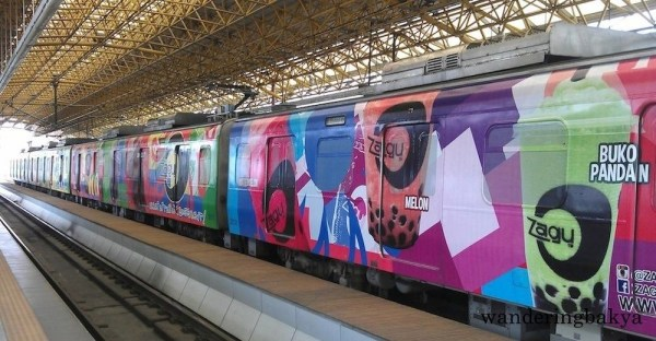 The Zagu Pearl Shakes LRT Line 2 train ads do not have a pop of color; they have an explosion of colors.