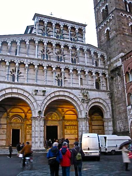 Guidebook - Lucca in a Day