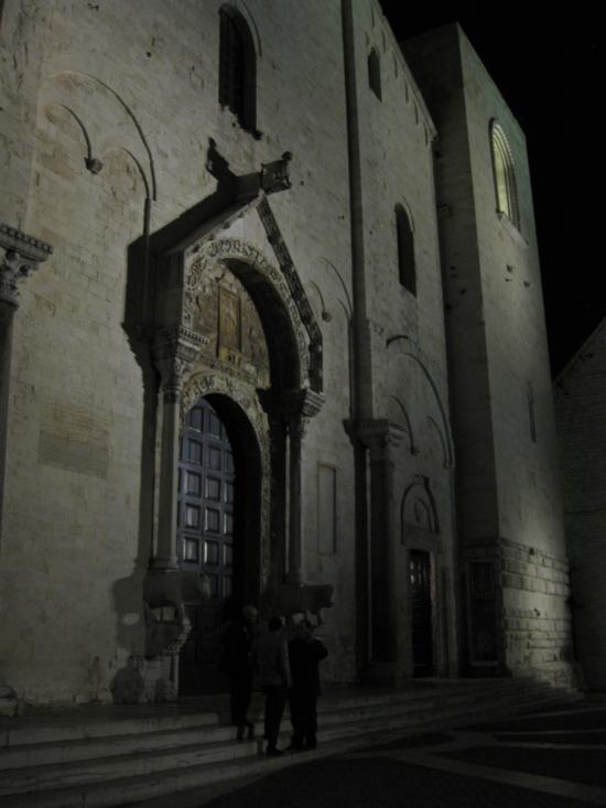 Photo tour of Puglia: Basilica di San Nicola in Bari