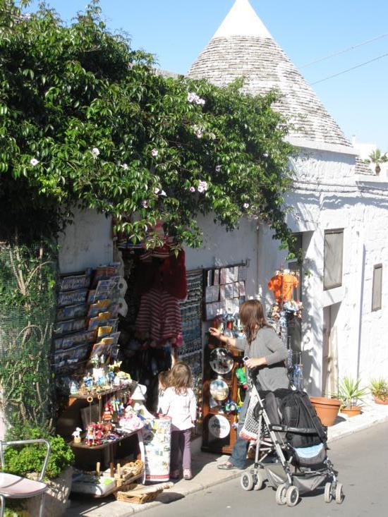 Photo tour of Puglia, Italy: Trulli