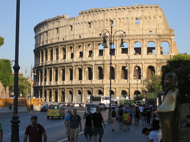 Visiting Rome, is the Roman Colosseum falling down?