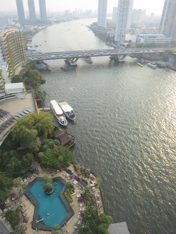 Shangri-La Bangkok Hotel, paradise by the river