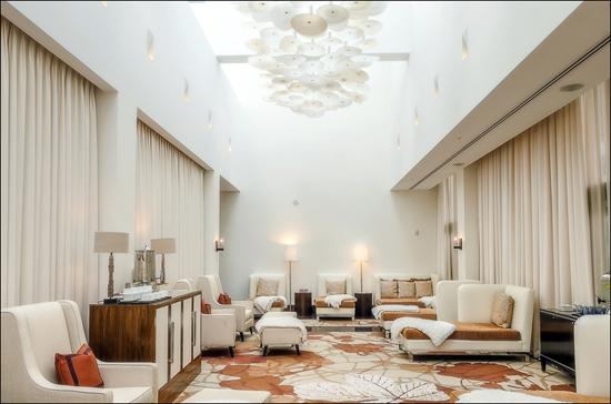 Ritz-Carlton Toronto spa lounge