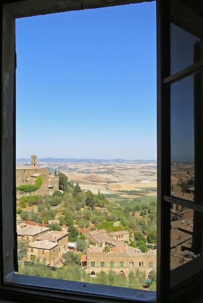 Tuscan fields outside Montalcino