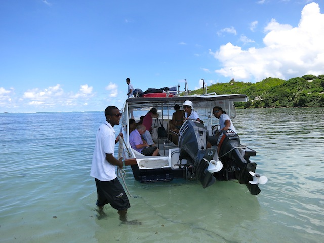 Seychelles islands, Moyenne on a Robinson Crusoe experience