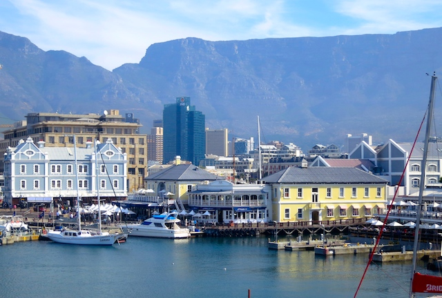 Things to do in Cape Town, food foraging near V&A Wharf